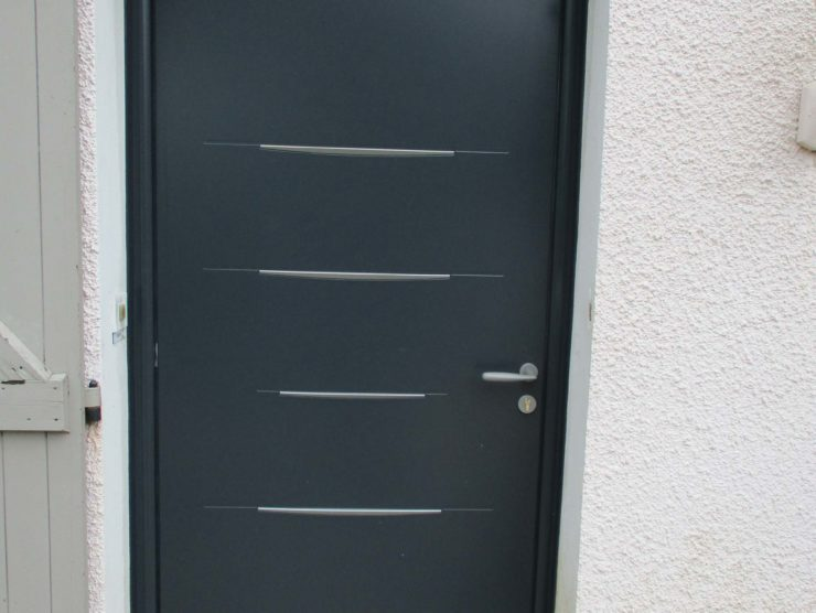 Boutique_Menuisier_Porte_Aluminium_Cintree